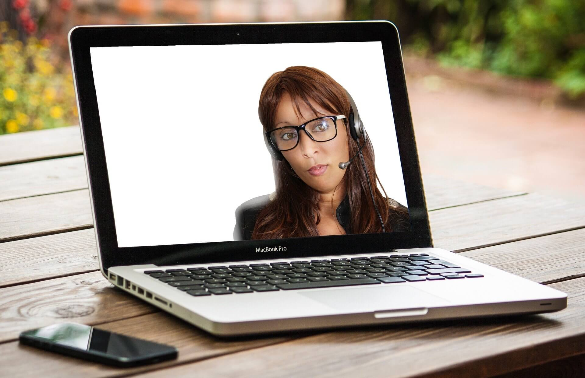 11 Quick Tips to Improve Online Meetings & Videoconferencing